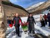 В Терсколе возложили цветы к вновь открытому  памятнику погибшим журналистам