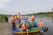 Речные мойдодыры взяли старт: медийный экипаж на экосплаве