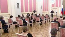 Михаил Мишустин вручил премии Правительства за 2020 год в области средств массовой информации