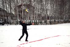 Липецкая область: журналисты сыграли в волейбол на снегу