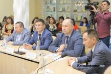 В Башкирии на форуме национальных СМИ обсудили, какую поддержку получат газеты и журналы