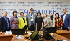 В Чувашии перспективы развития СМИ обсудили с главой СЖР  Владимиром Соловьевым