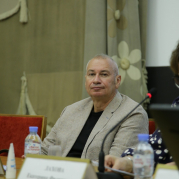 Владимир Касютин провёл мастер-класс в Школе гражданской активности Союза женщин России