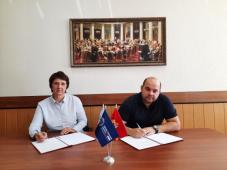 Союз журналистов Челябинской области и региональная Общественная палата подписали соглашение о сотрудничестве во время сентябрьских выборов