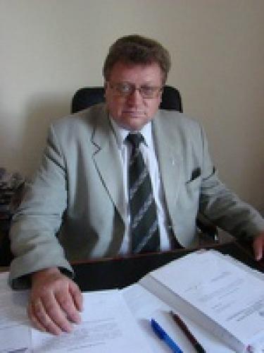 Поздравляем с днем рождения председателя Тюменского регионального отделения Союза журналистов России Владимира Кузнецова!